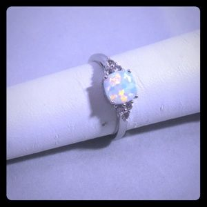 NWOT Sterling Silver with Cabachon Cut Opal Ring